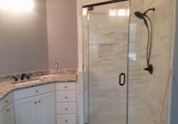 01_bathroom_remodeled_hoover_al.jpg